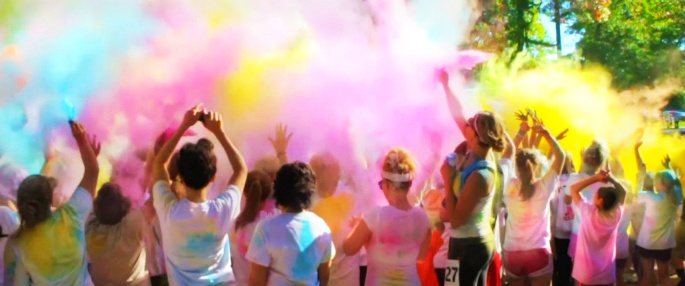 UV Splash Night Color Run participants
