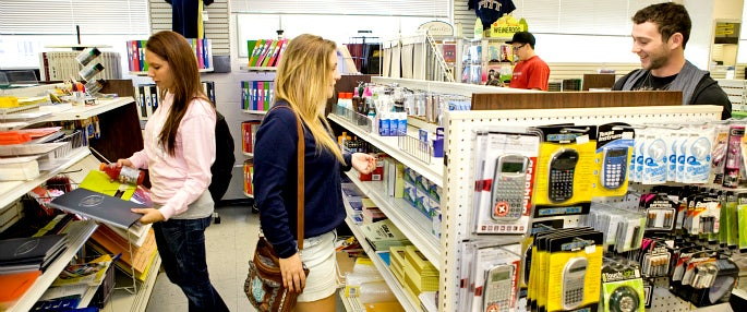 Pitt-Greensburg students browsing the campus store