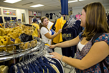 Blue Gold Weekend Bookstore Hours University Of Pittsburgh