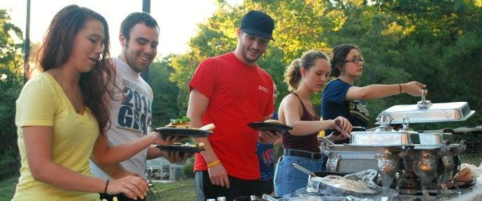 Pitt-Greensburg students mingling with alumni